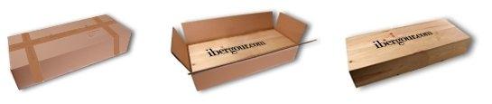 Boîte-cadeau en bois, dans une boîte en carton blanc